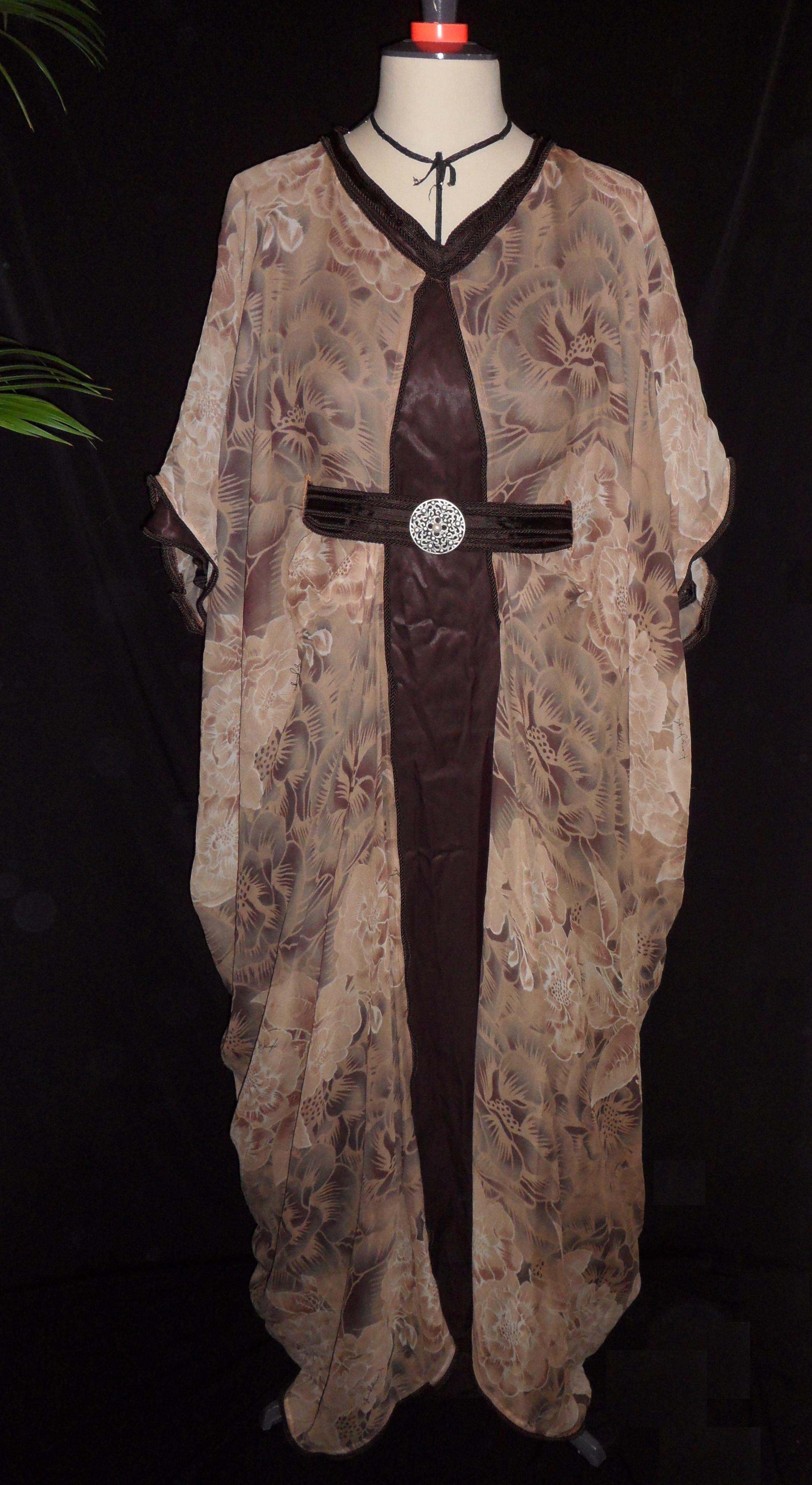 abaya and co v tements islamiques robe d int rieur papillon mousseline fleure jungle. Black Bedroom Furniture Sets. Home Design Ideas
